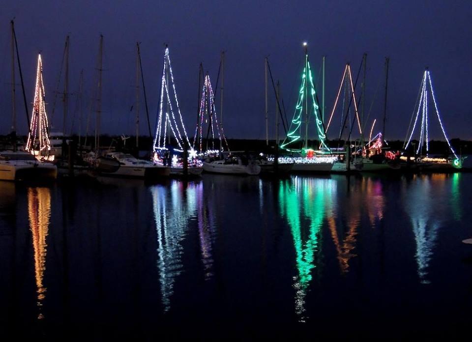 Sanford's Illuminated Boat Parade – December/16/2017